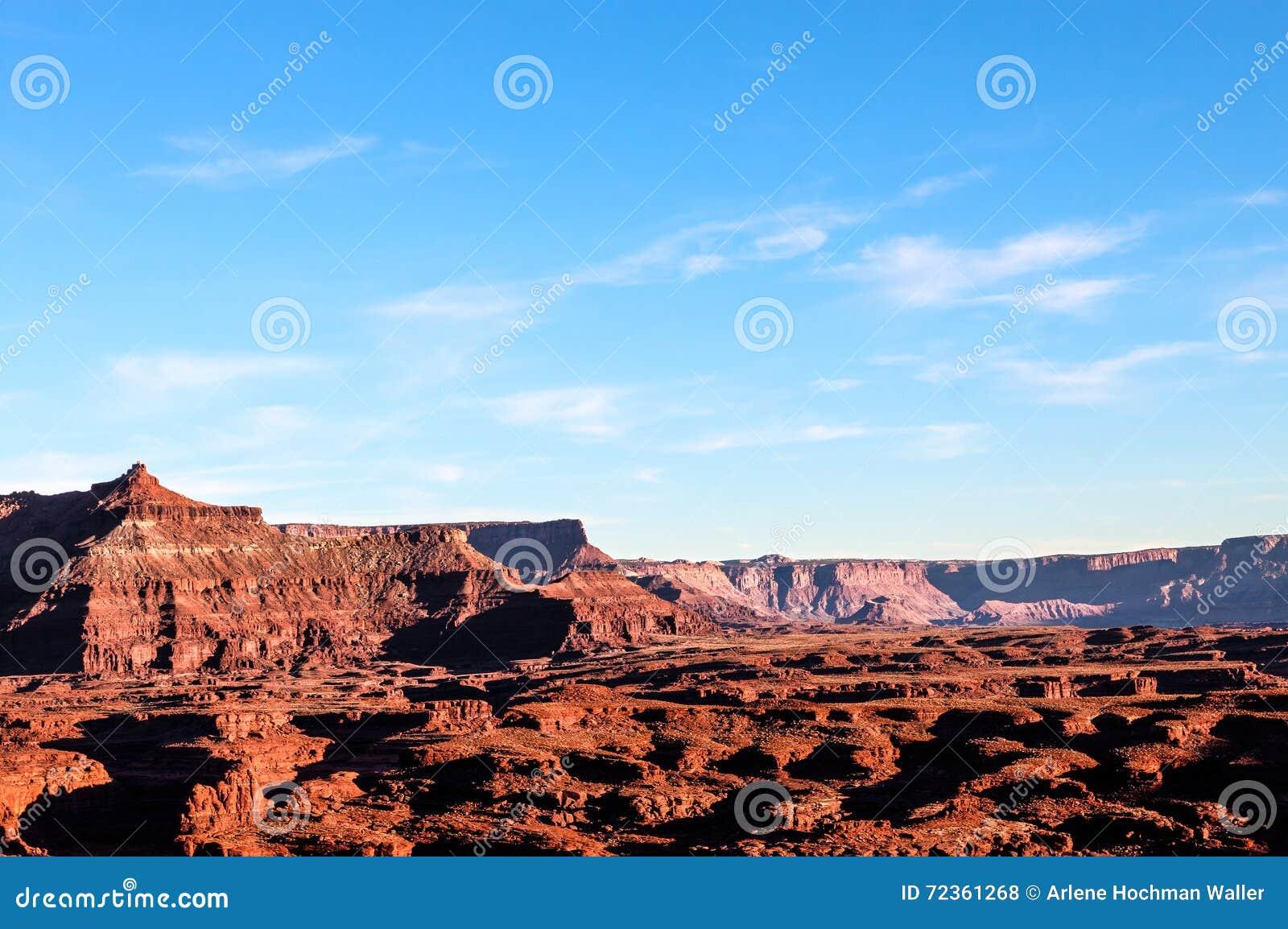 天空的犹他白色外缘路Canyonlands NP-海岛