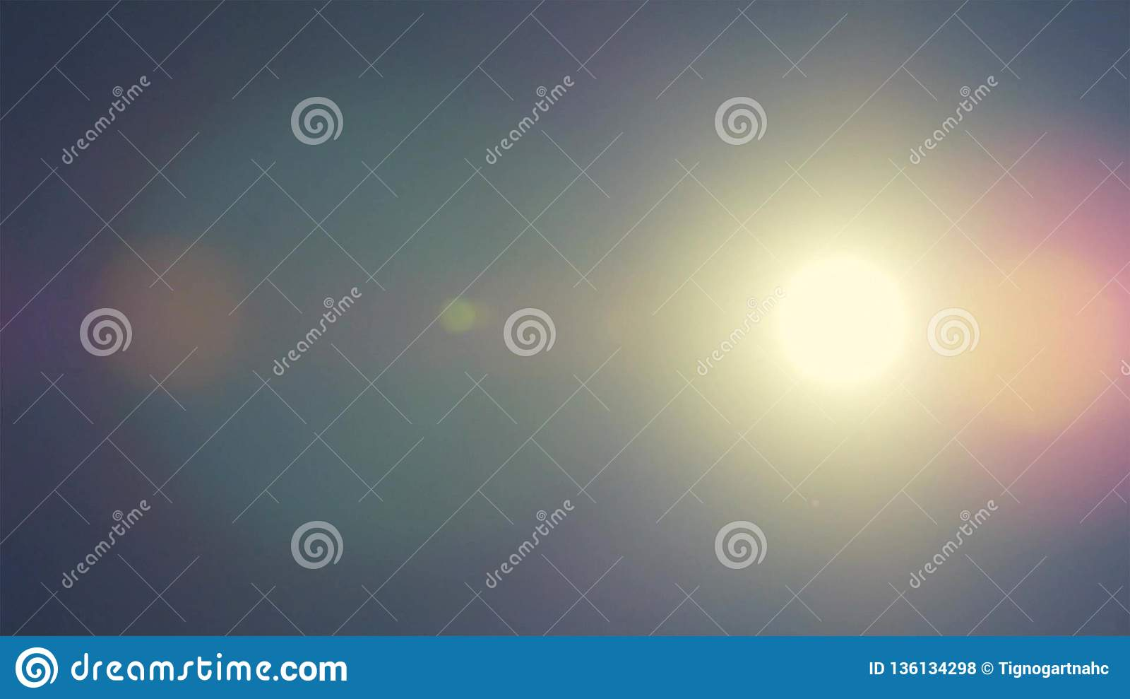 太阳的光环现象在蓝天的