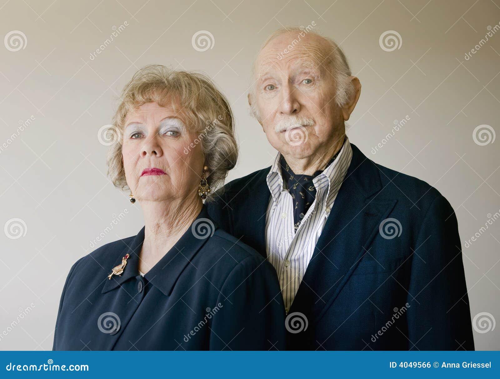 夫妇高级自大