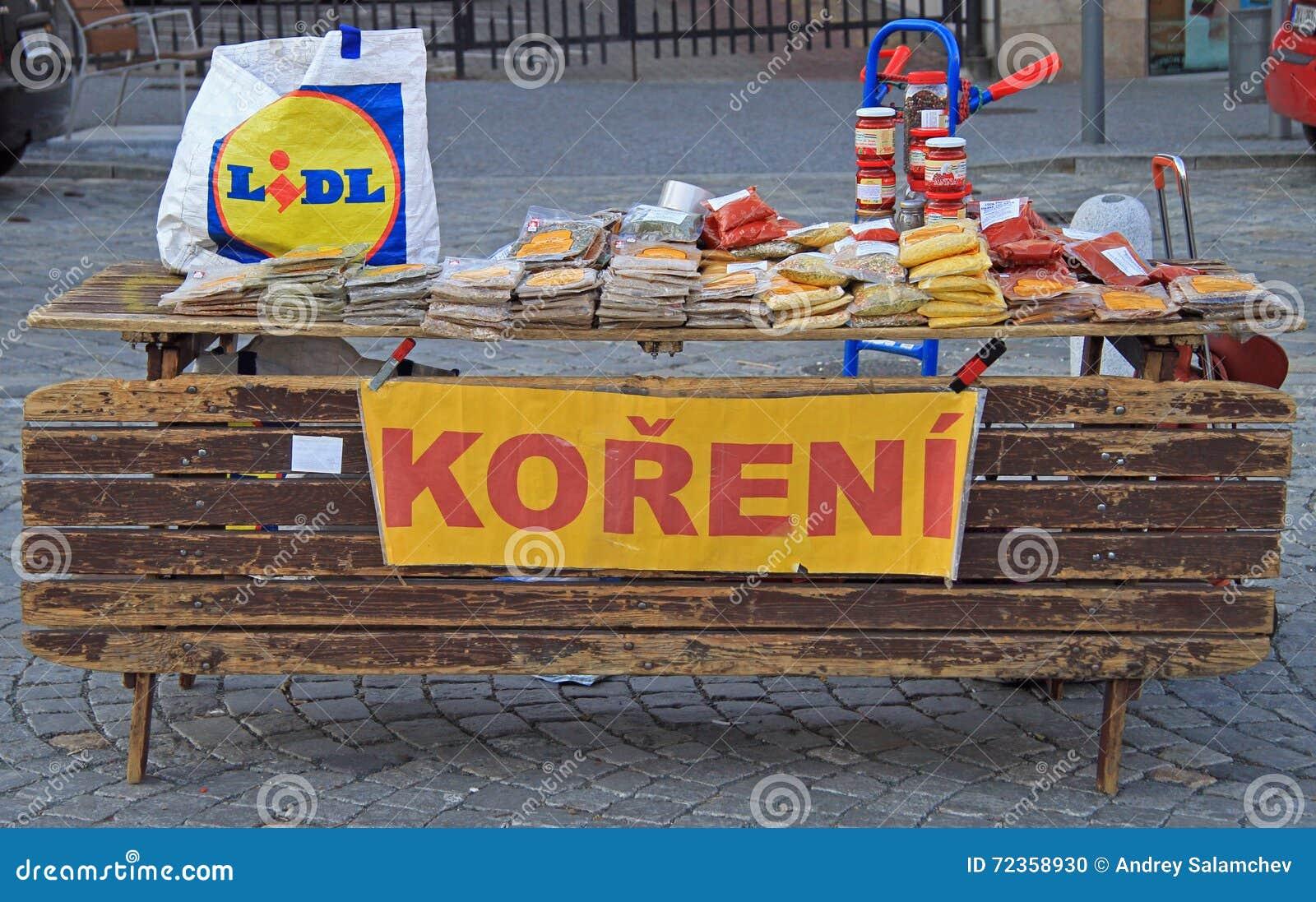 失去作用与在街市上的香料在布尔诺,捷克语