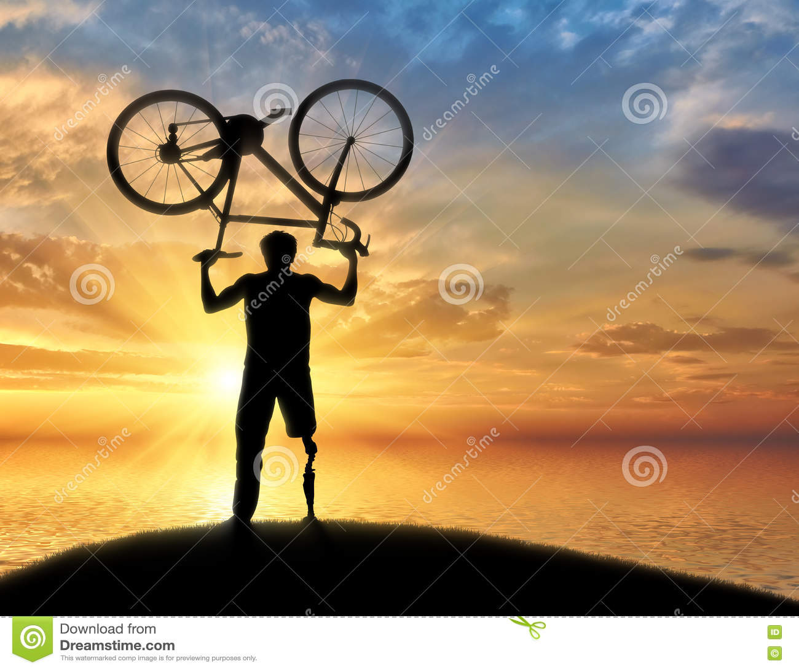 失去能力与假肢在海附近保留自行车