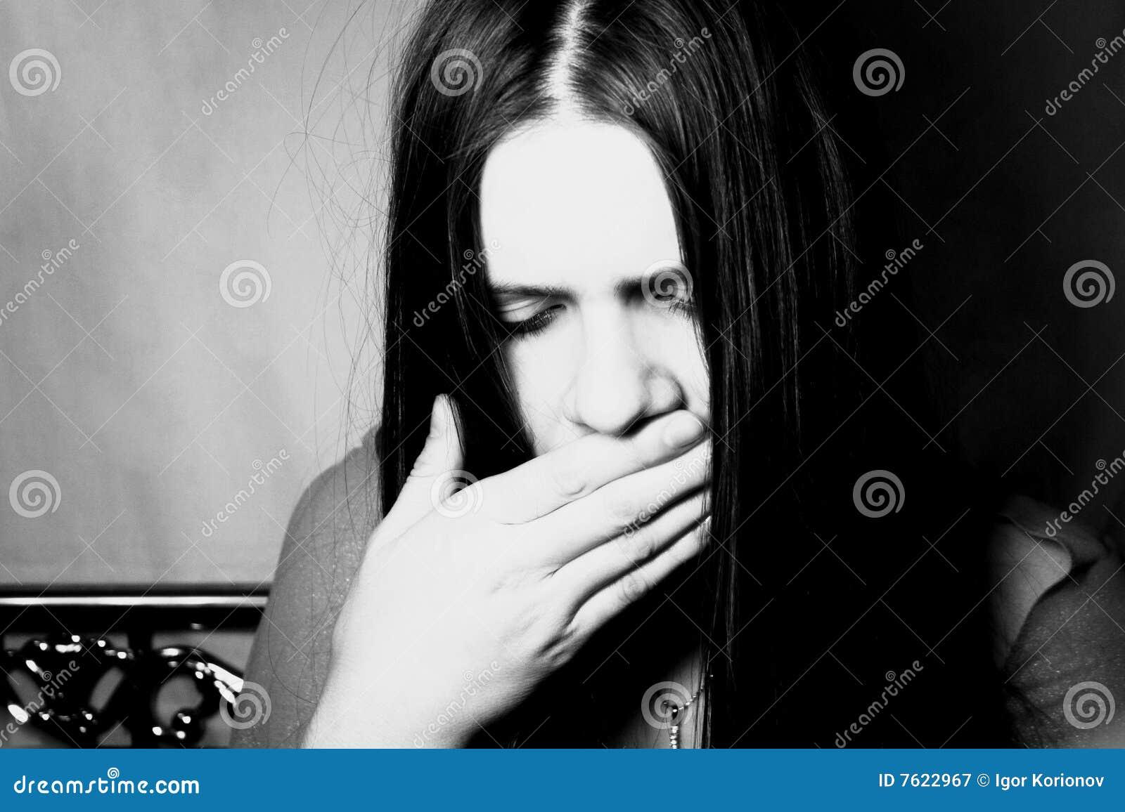 头发长的纵向妇女年轻人