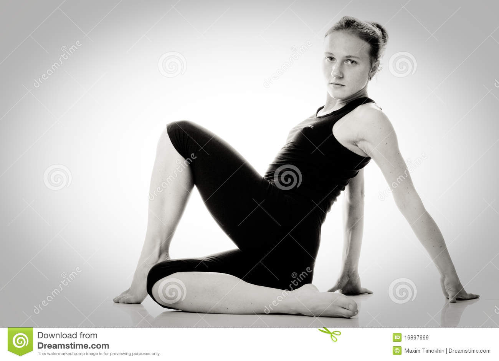 女孩体操运动员图片