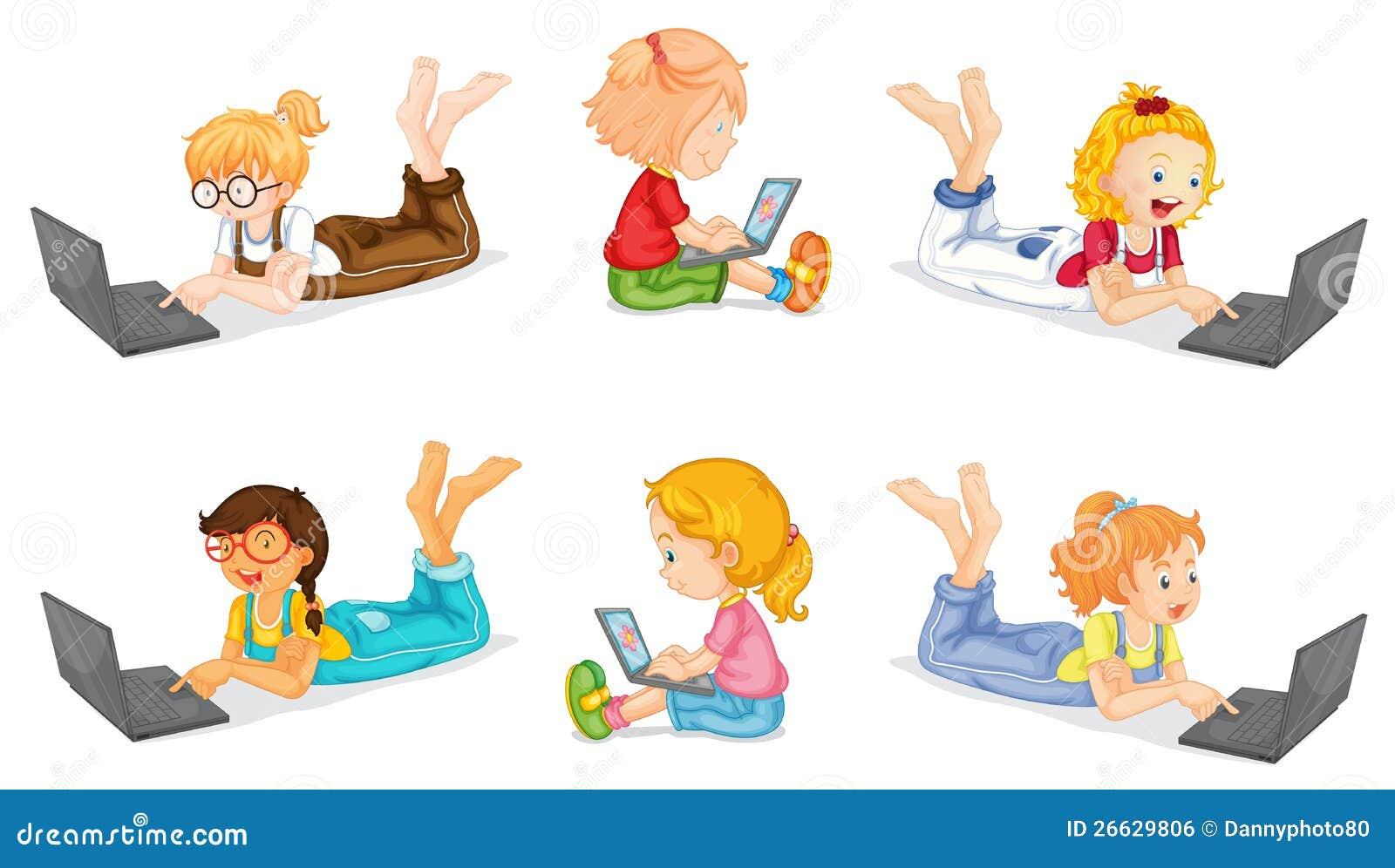 女孩和膝上型计算机