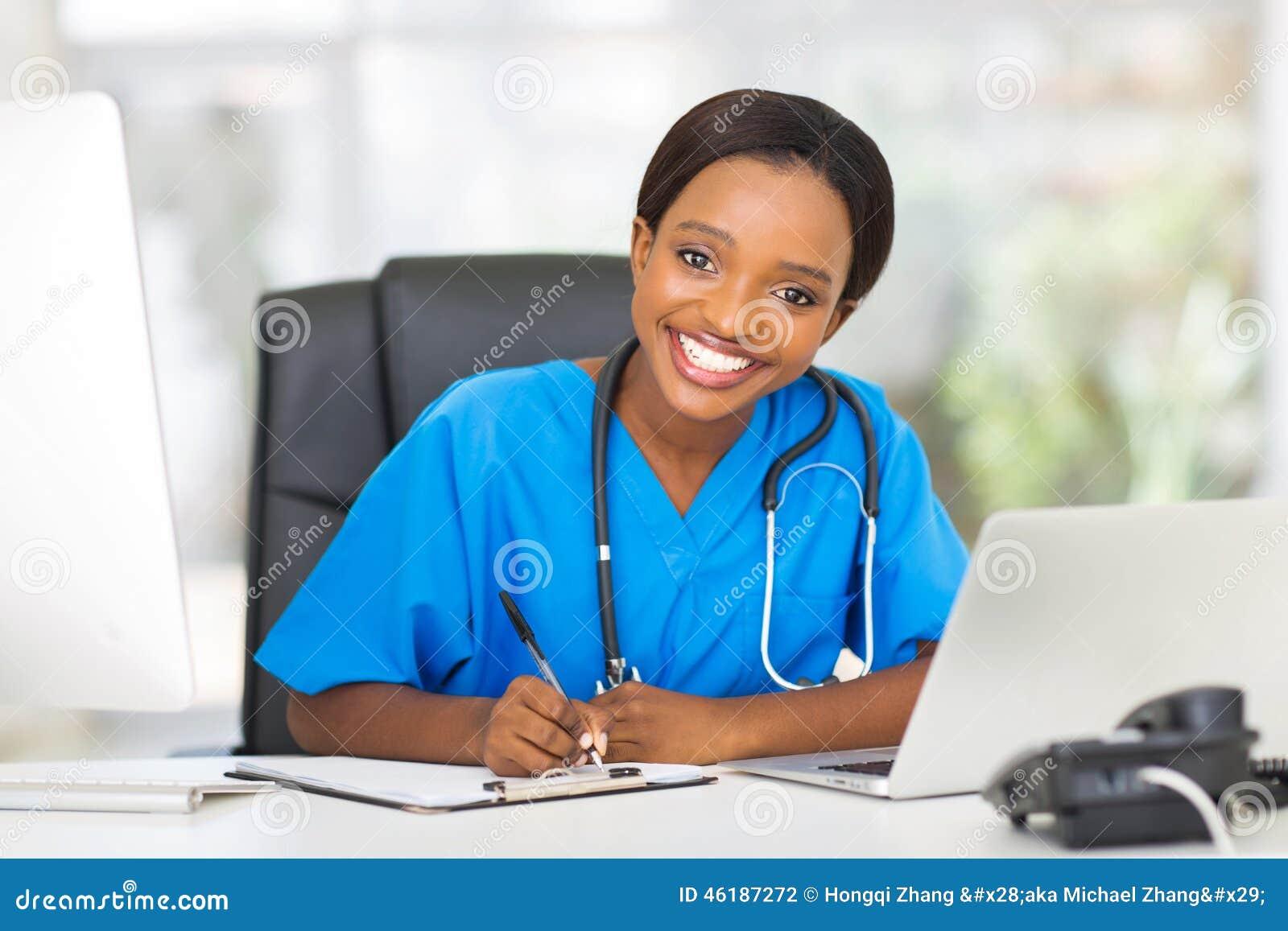 办公室玩护士囹f_女性护士办公室