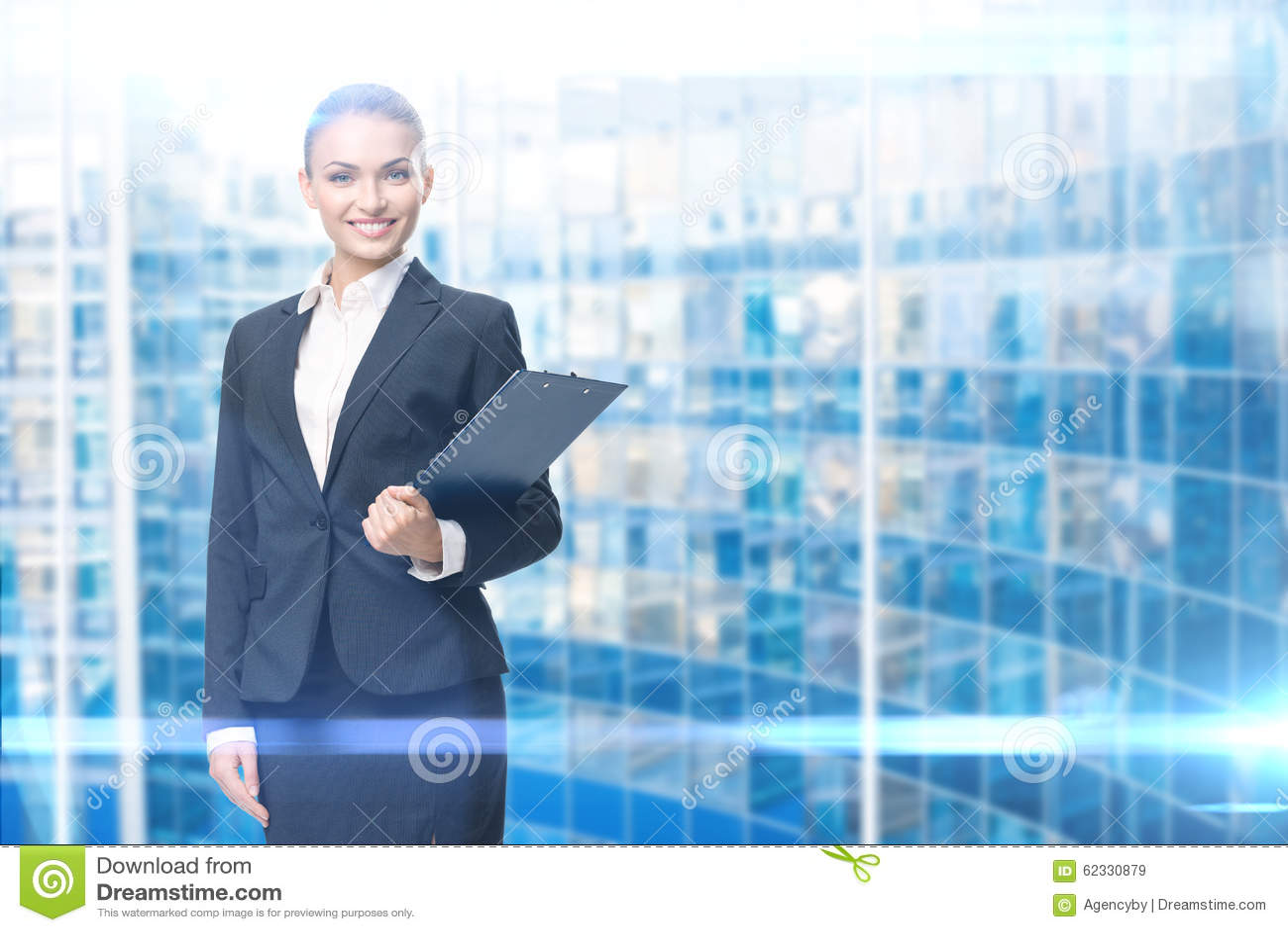 女性经理画象有文件的