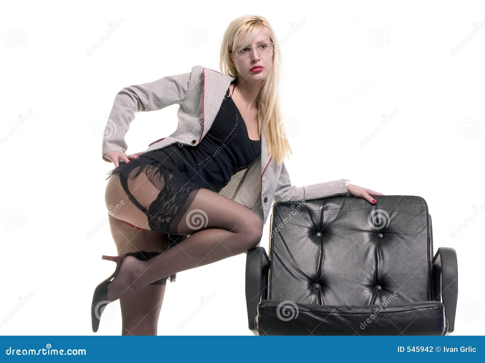 Download 女用贴身内衣裤 库存照片. 图片 包括有 三角背心, 礼服, 色情, 会议, 表面, 空白, 秘书, 商业, 行程 - 545942