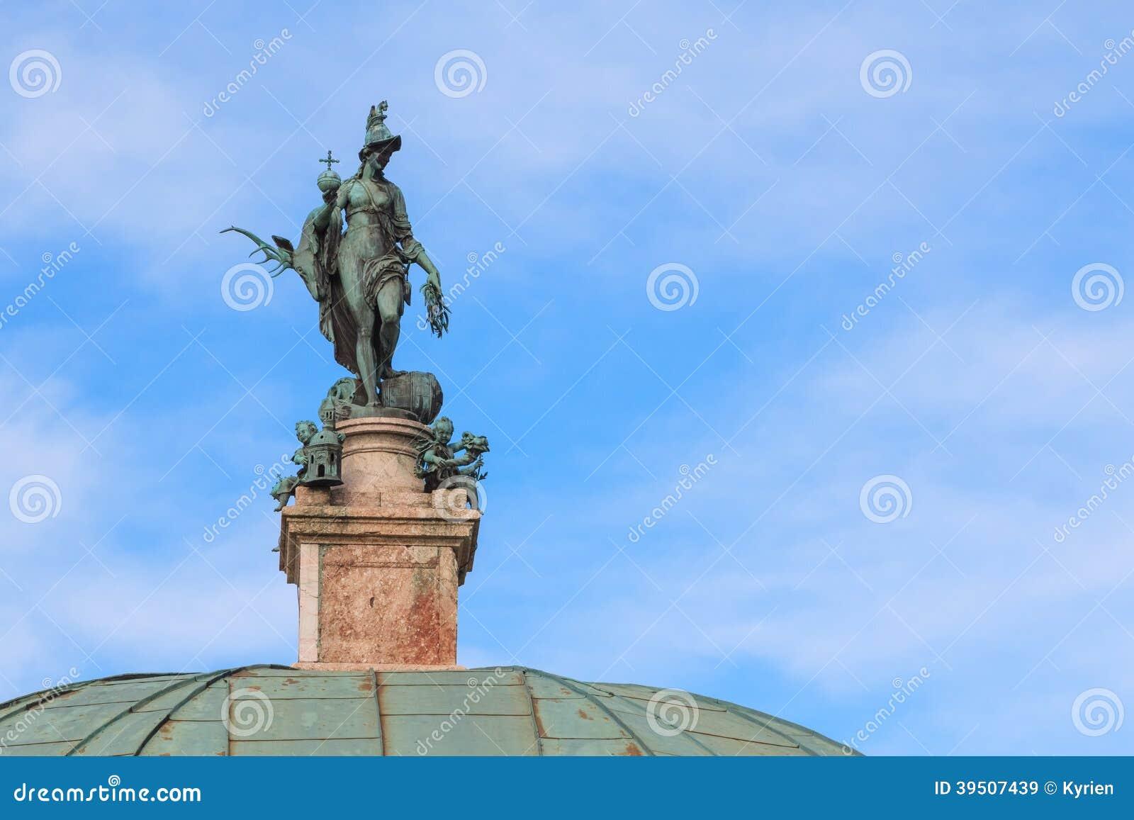 女神狩猎,戴安娜的雕象在Hofgarten,慕尼黑