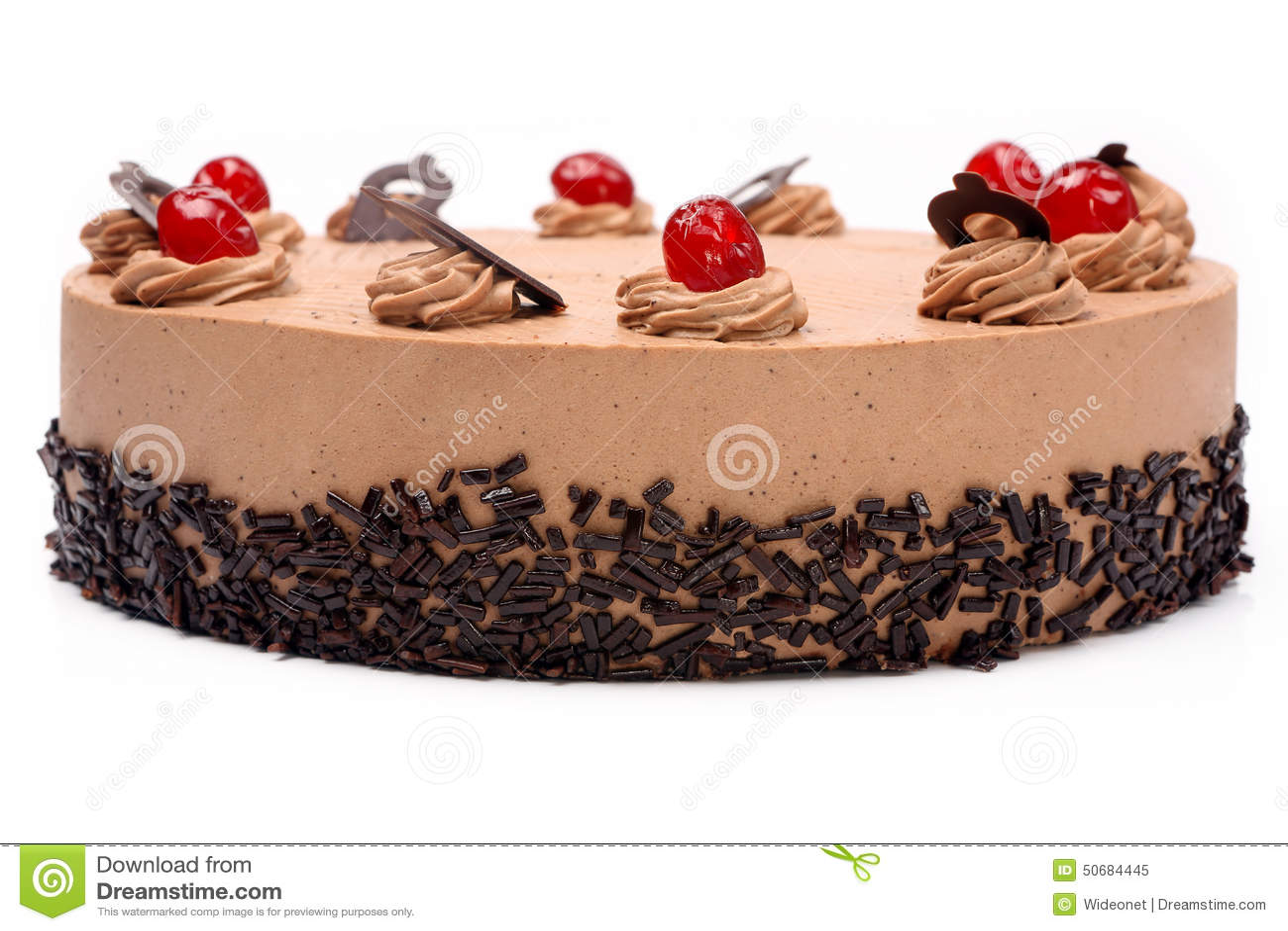 Download 奶油色可可粉蛋糕用在白色背景的樱桃 库存图片. 图片 包括有 可可粉, 生日, 点心, 制动手, 外壳, 活动 - 50684445