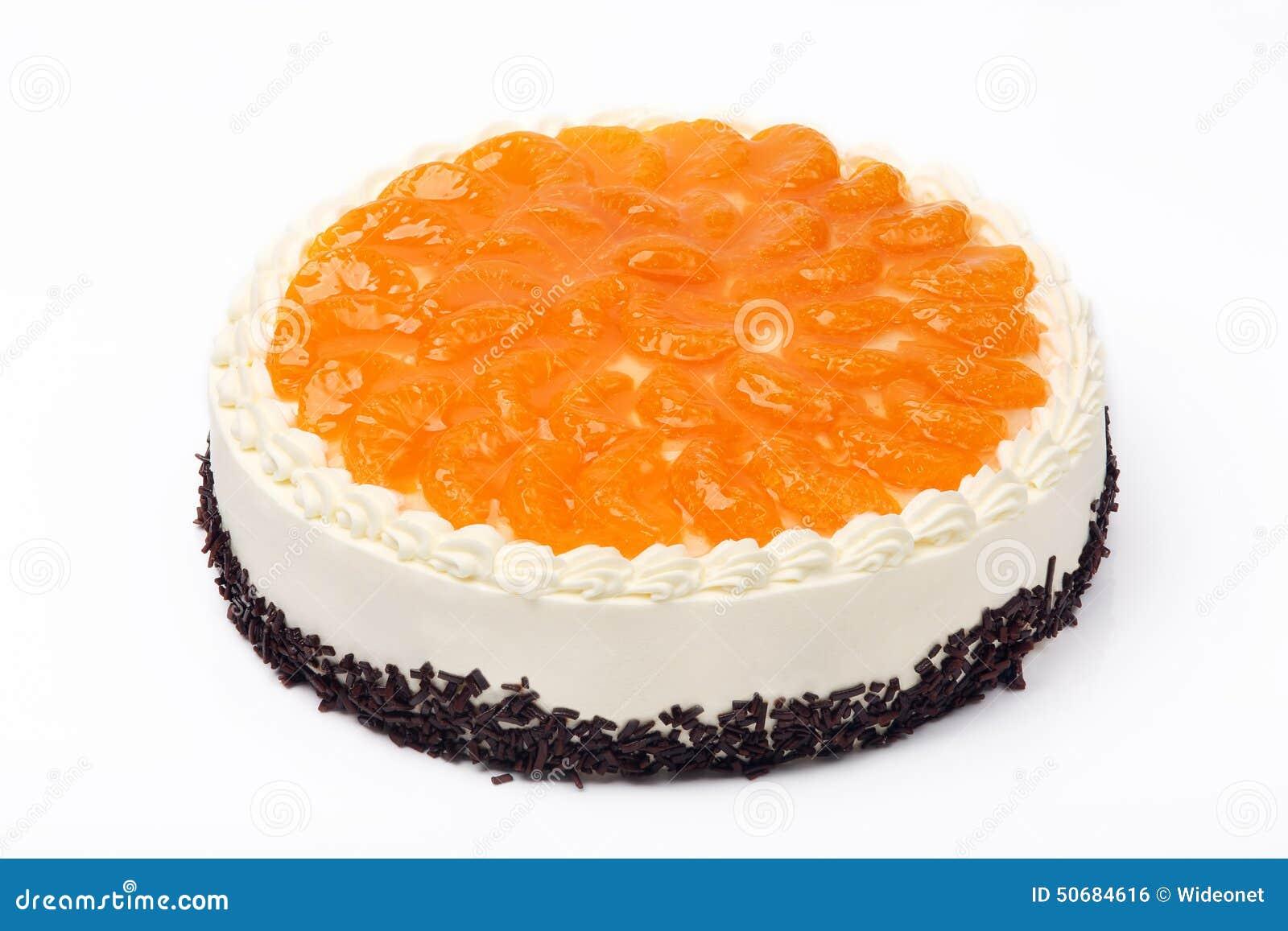 Download 奶油色蛋糕用在白色背景的普通话 库存照片. 图片 包括有 美食, 外壳, 点心, 烘烤, 平分, 装饰, 新鲜 - 50684616