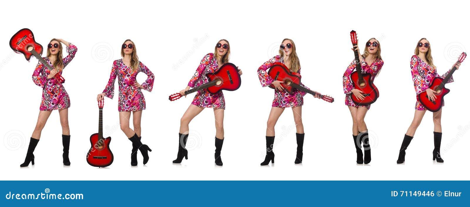 妇女吉他演奏员