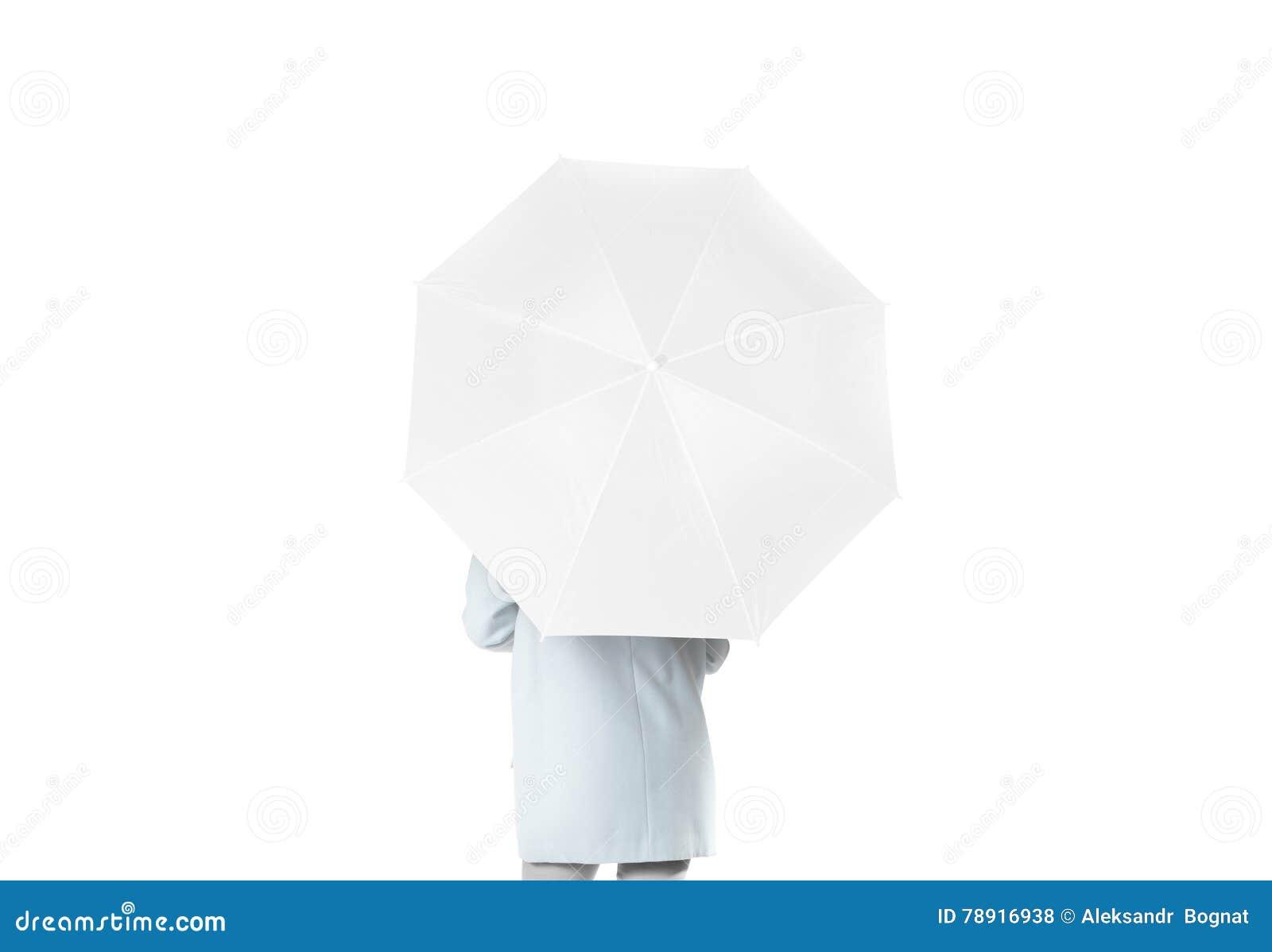 妇女向后站立与白色空白的伞被打开的大模型