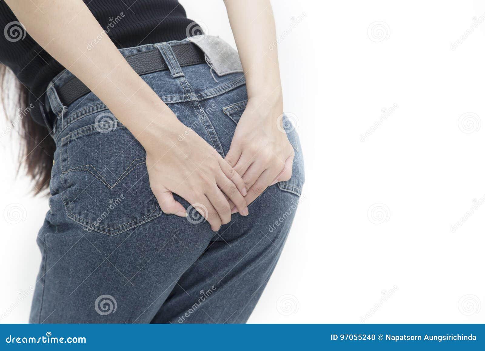 妇女有拿着她的二赖子的腹泻