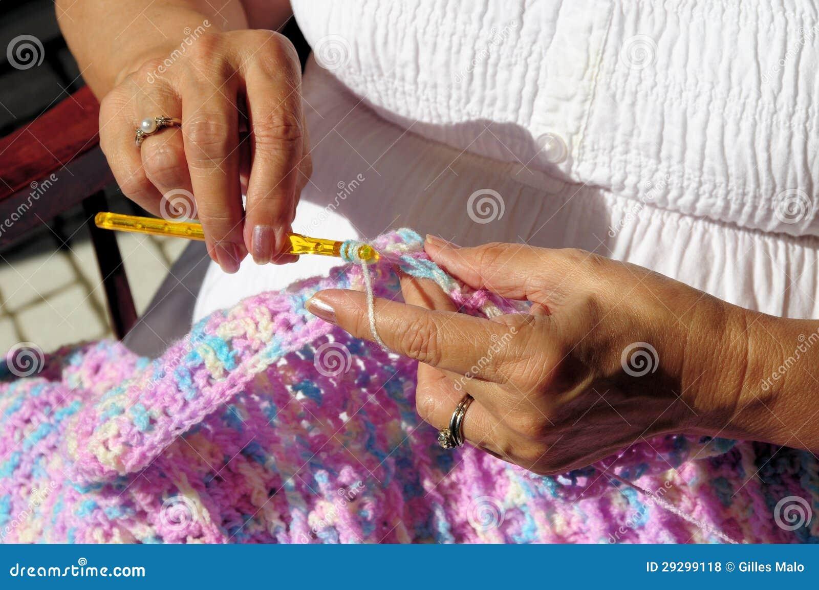 妇女的现有量和钩针编织