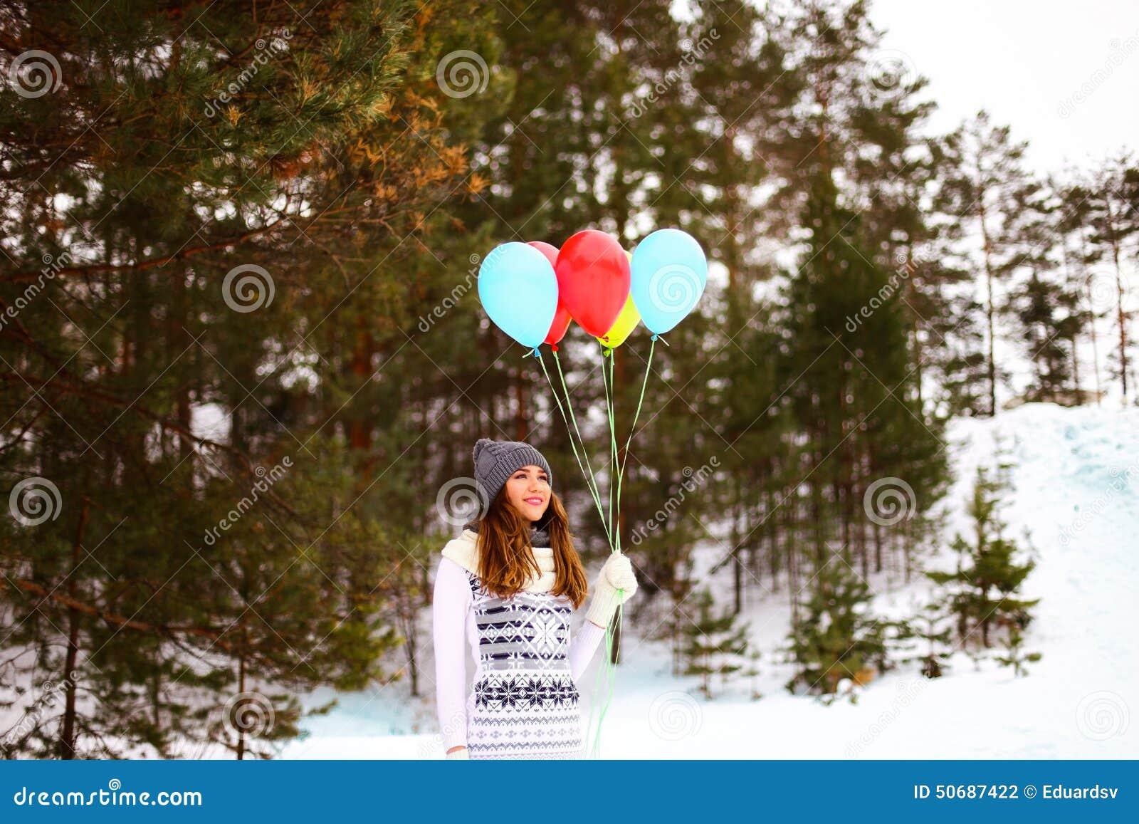 Download 妇女 库存照片. 图片 包括有 偶然, 本质, 白种人, 季节, 女孩, 节假日, 生活方式, 竹子, 人员 - 50687422