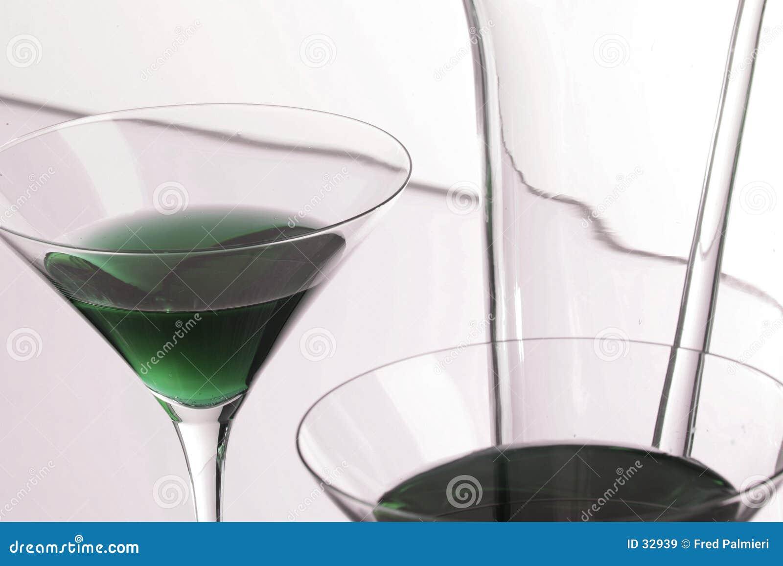 妒嫉绿色马蒂尼鸡尾酒