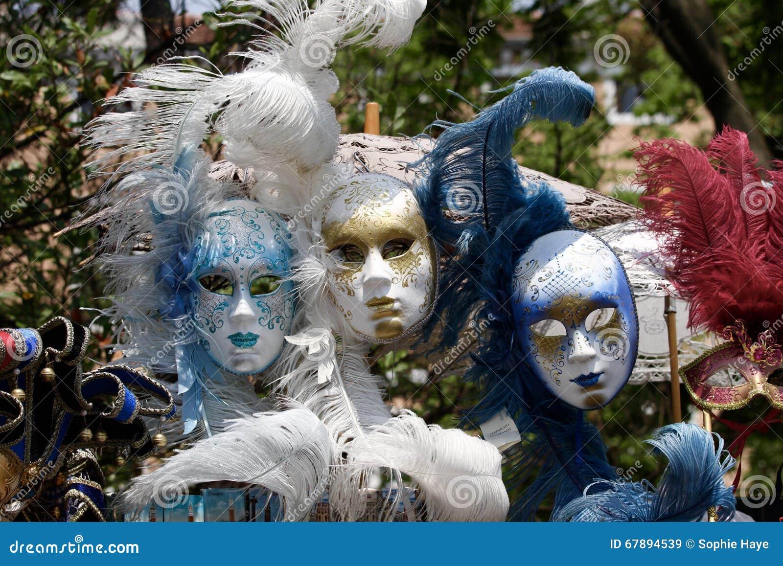威尼斯五颜六色的面具
