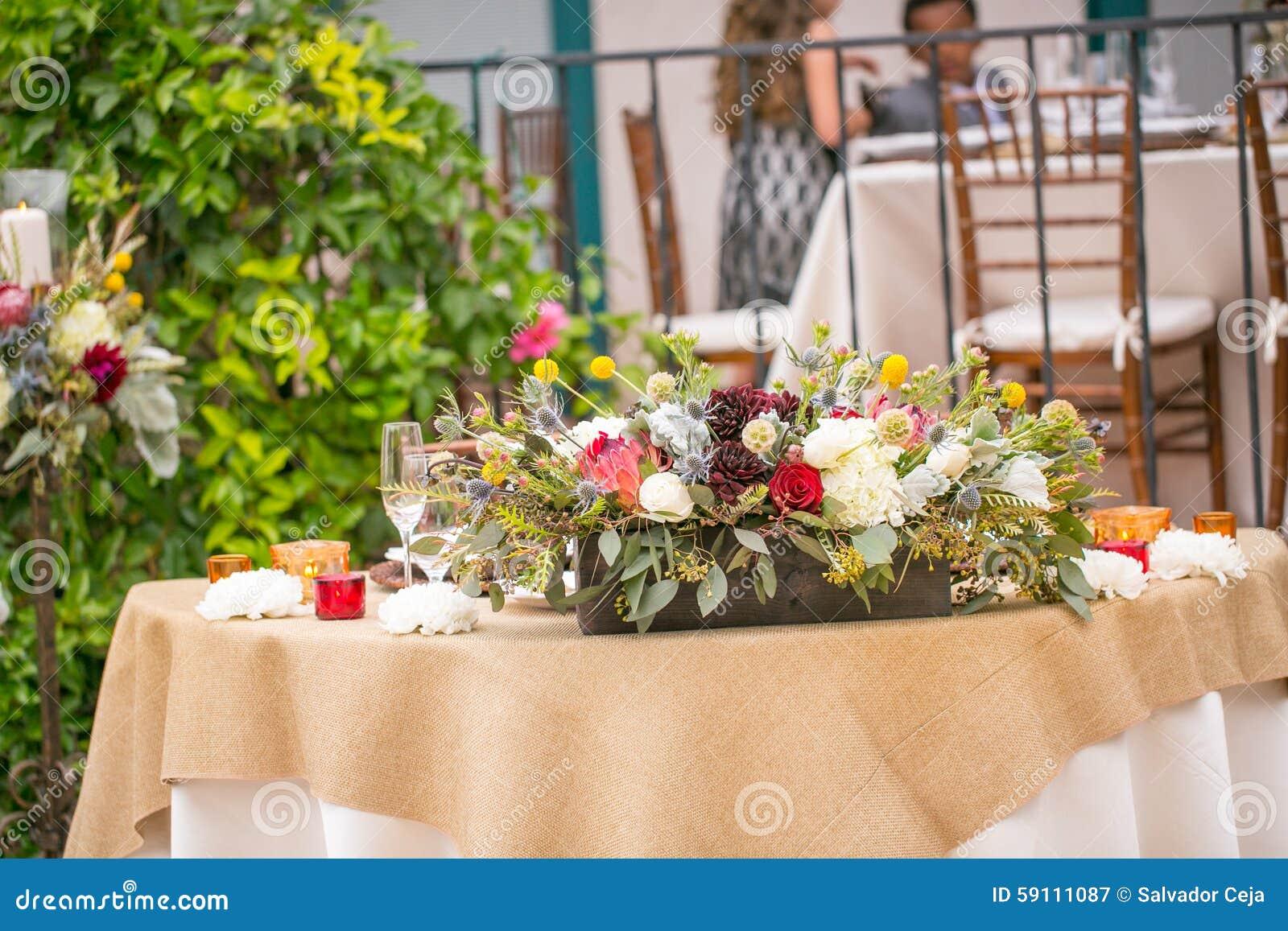 婚礼桌装饰