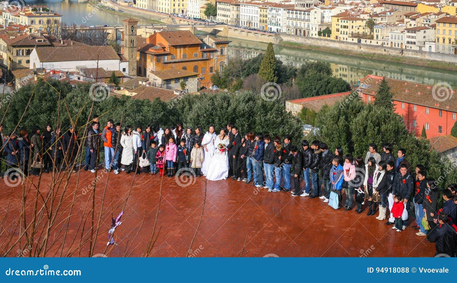 婚礼的客人在佛罗伦萨