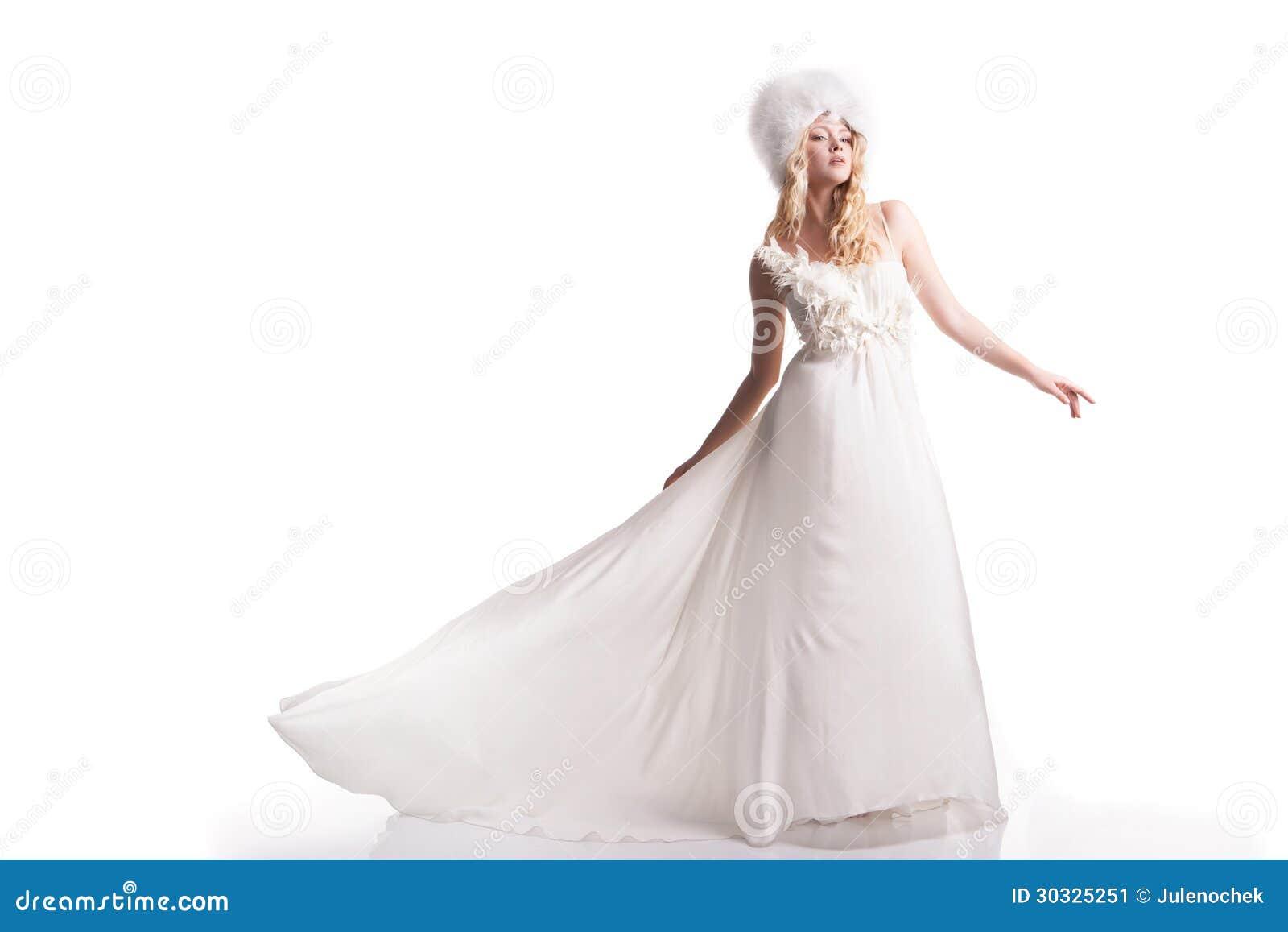 婚礼礼服的美丽的少妇