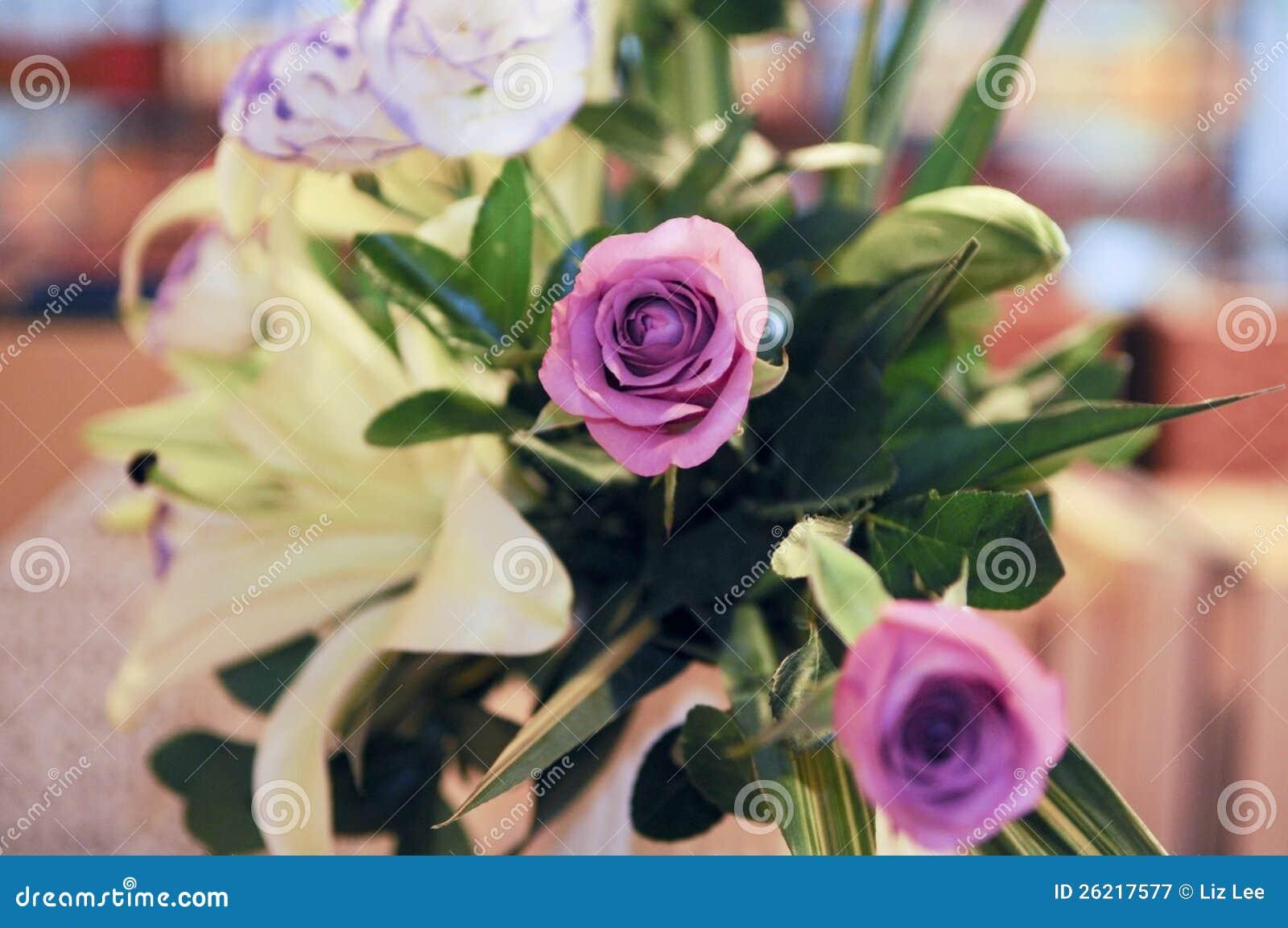 婚礼背景花的布置