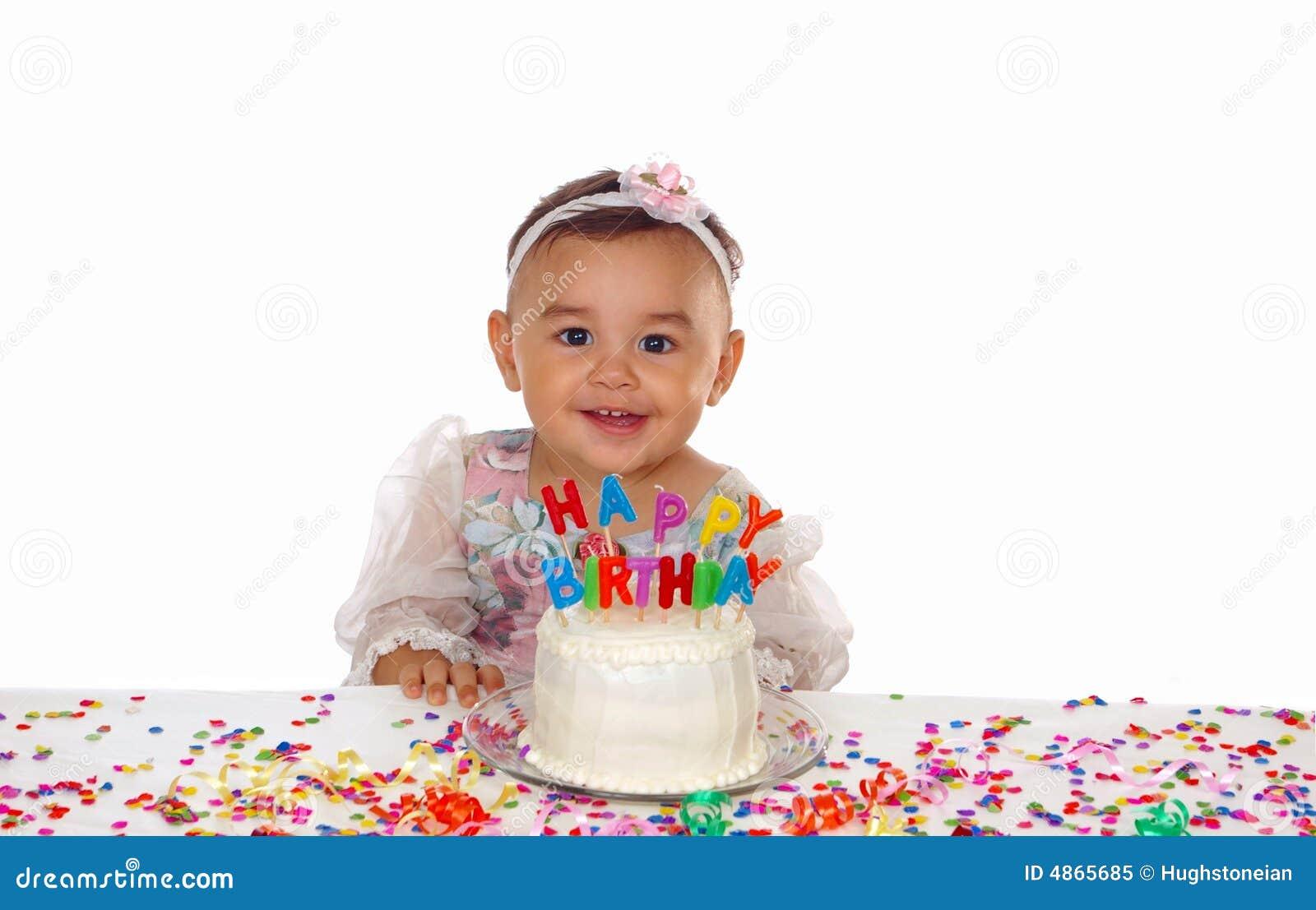 婴孩生日蛋糕逗人喜爱的女孩