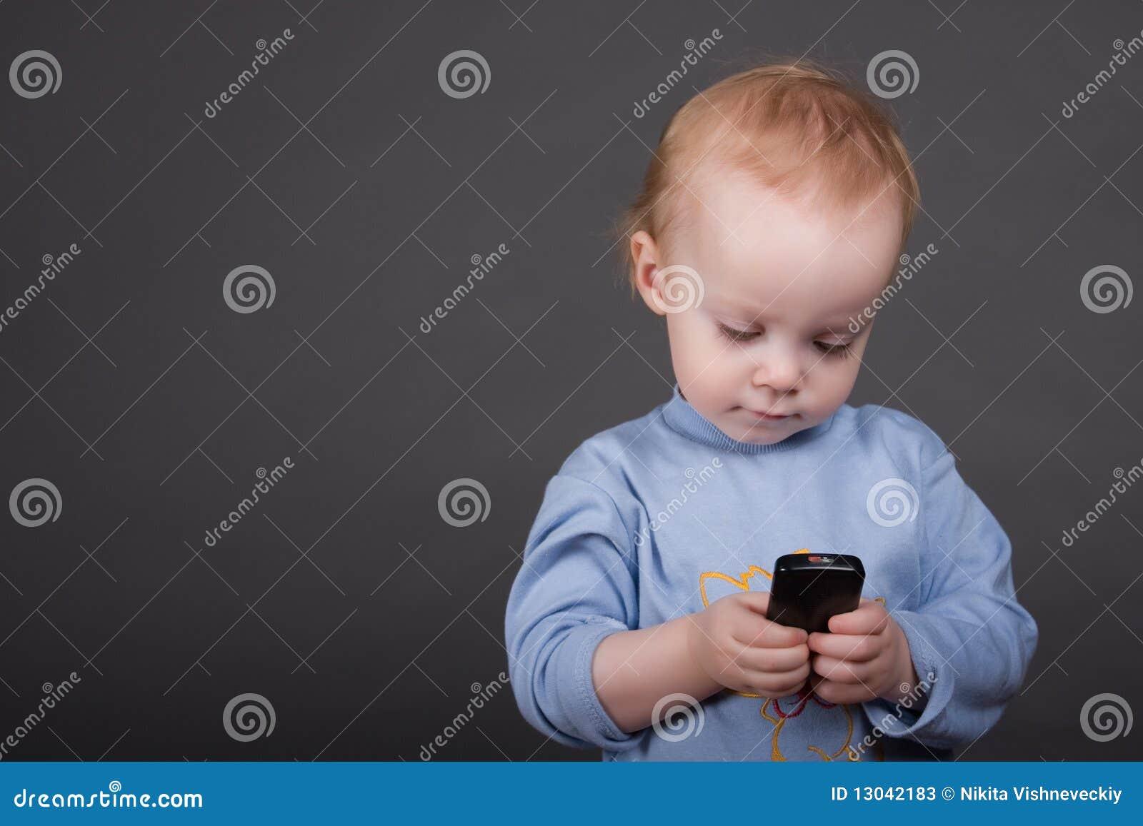 婴孩移动电话