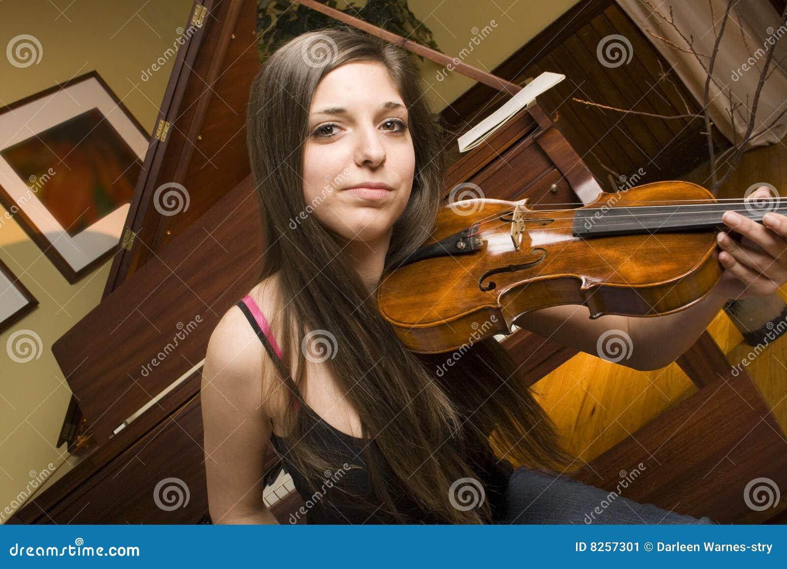 学员小提琴手