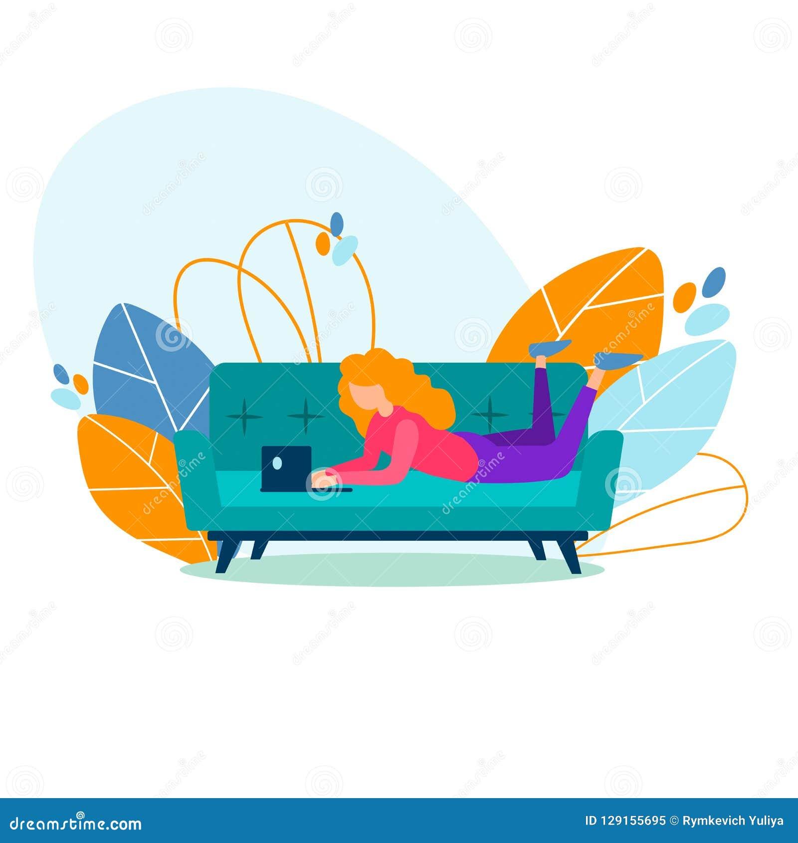 学生女孩,自由职业者学习,在家运作在长沙发