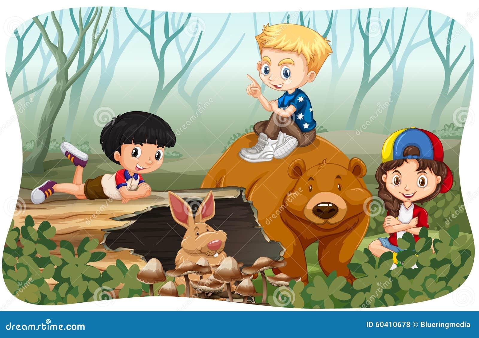 孩子和野生动物在密林