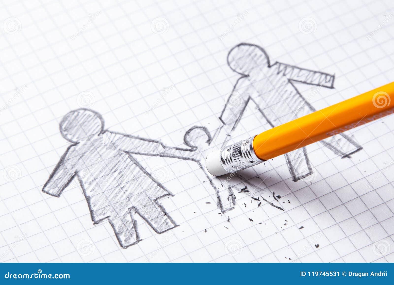 孩子死亡,损失的概念 家庭在与铅笔的纸被绘,并且删掉孩子