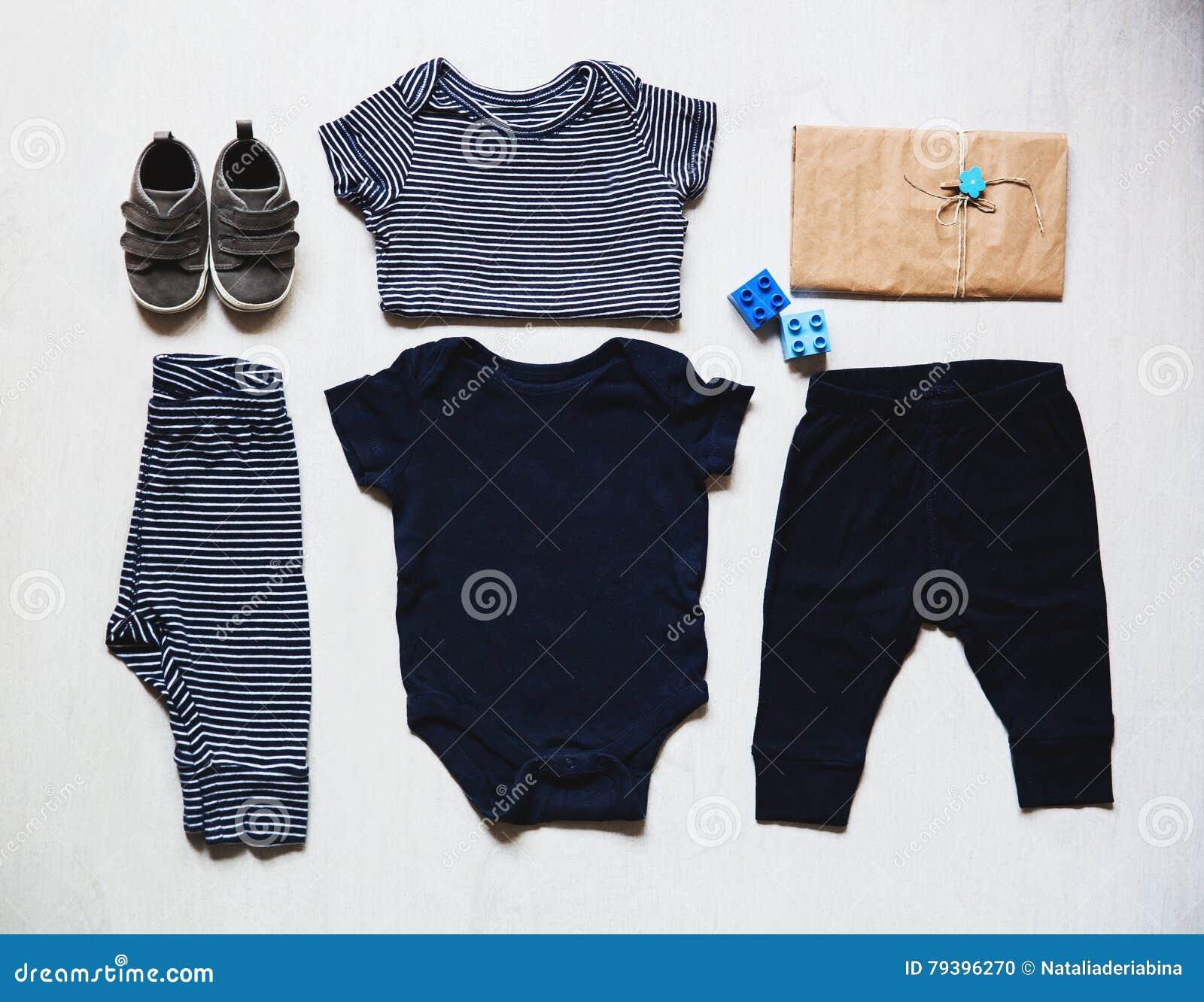 婴孩衣裳,儿童时尚的概念