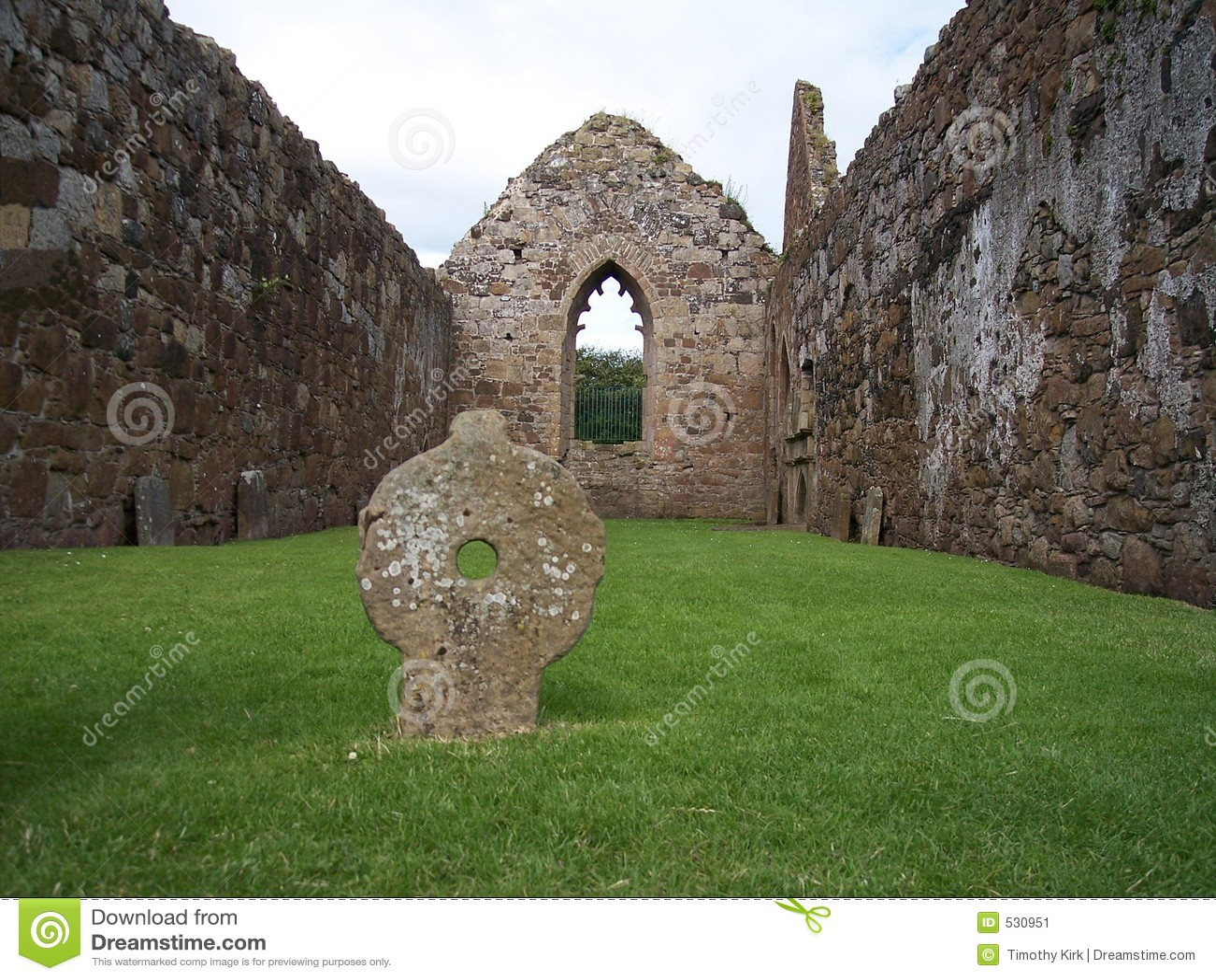 Download 安特里姆bunamargy co男修道院 库存图片. 图片 包括有 山墙, 石头, 宗教信仰, 天空, 耶稣受难象 - 530951
