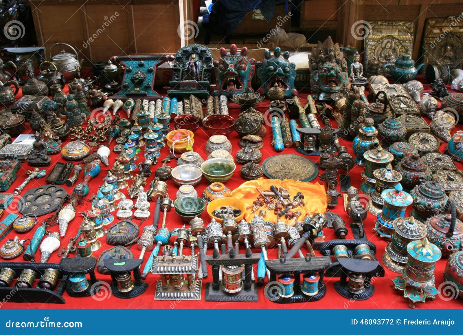 宗教项目被卖在市场上廷布(不丹)