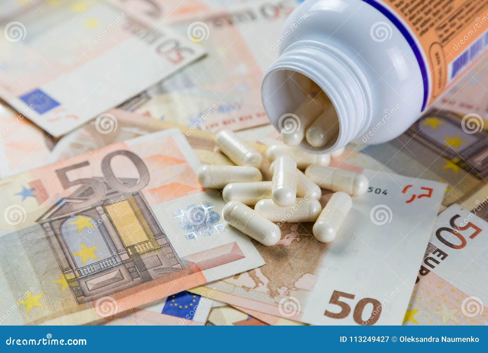 定价过高的药物概念-从容器的药片在monet票据