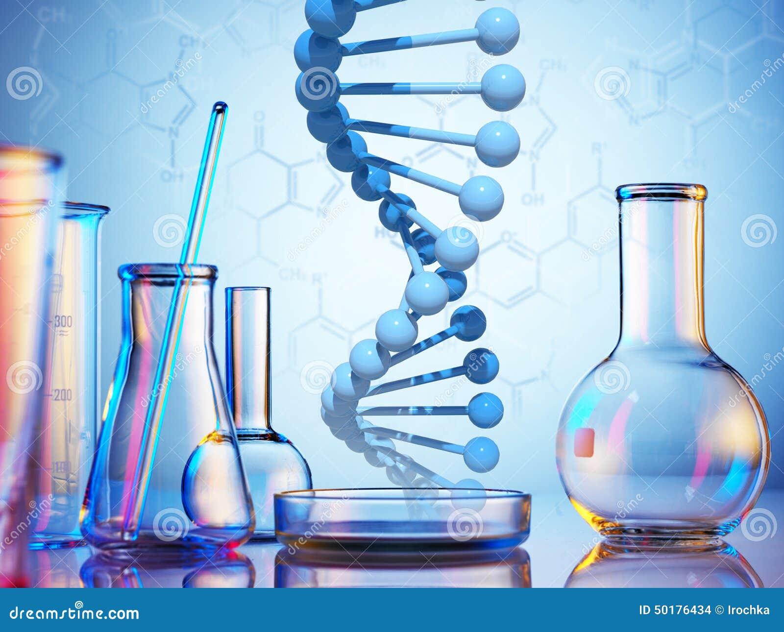实验_在颜色背景的实验室玻璃器皿.