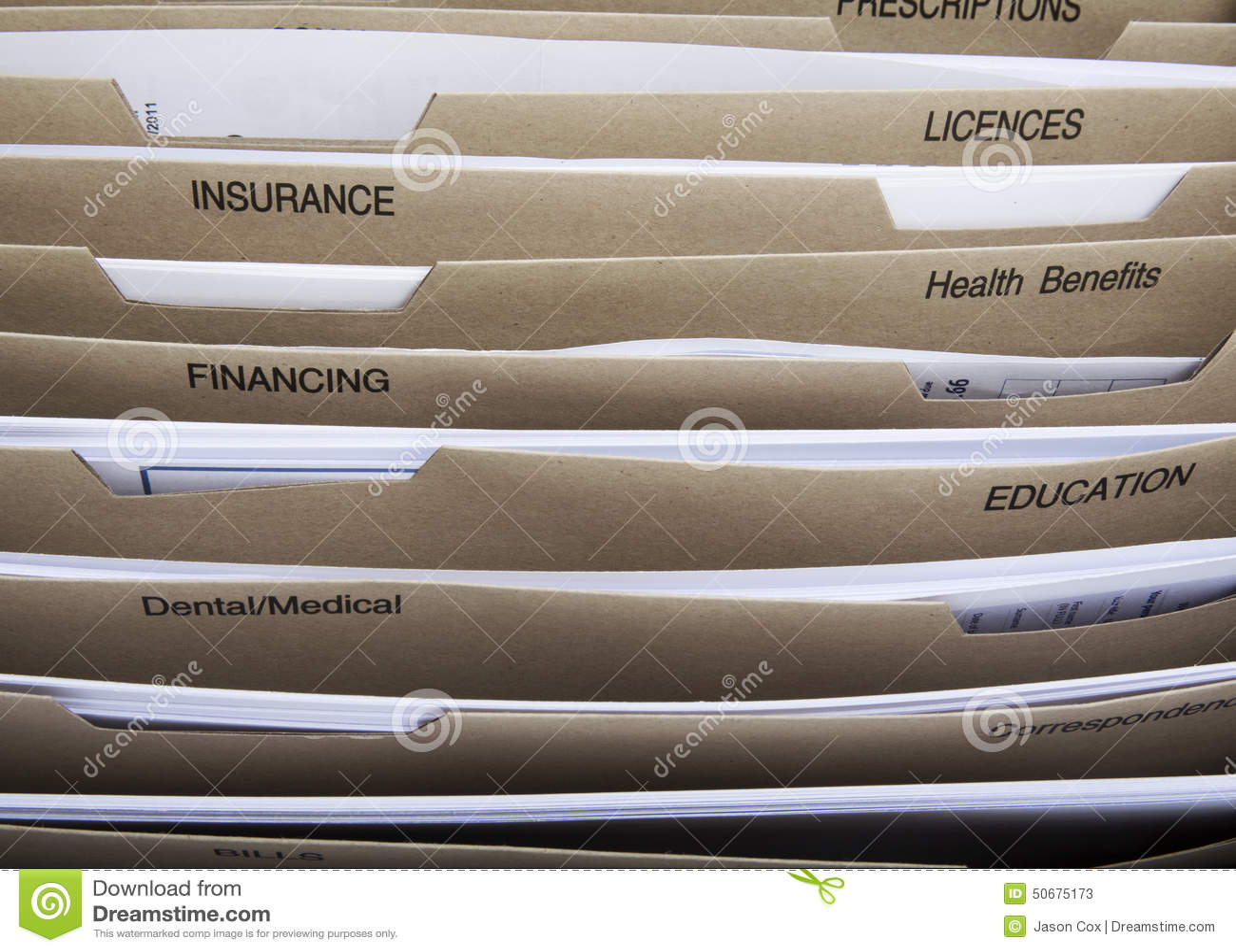 Download 家庭屑子分切器 库存图片. 图片 包括有 归档, 家庭, 文件, 水平, 累积, 房子, 预算值, 横向 - 50675173