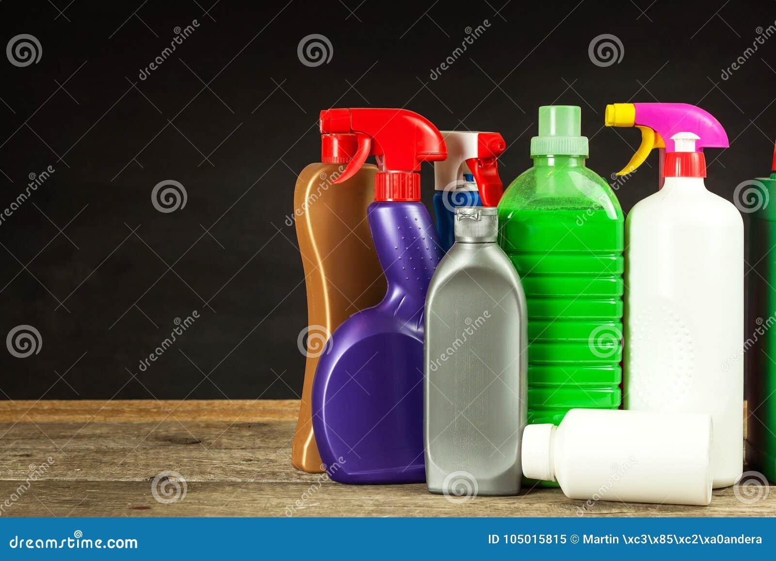家庭清洁剂 洗涤剂 化学制品销售  清洗在房子里