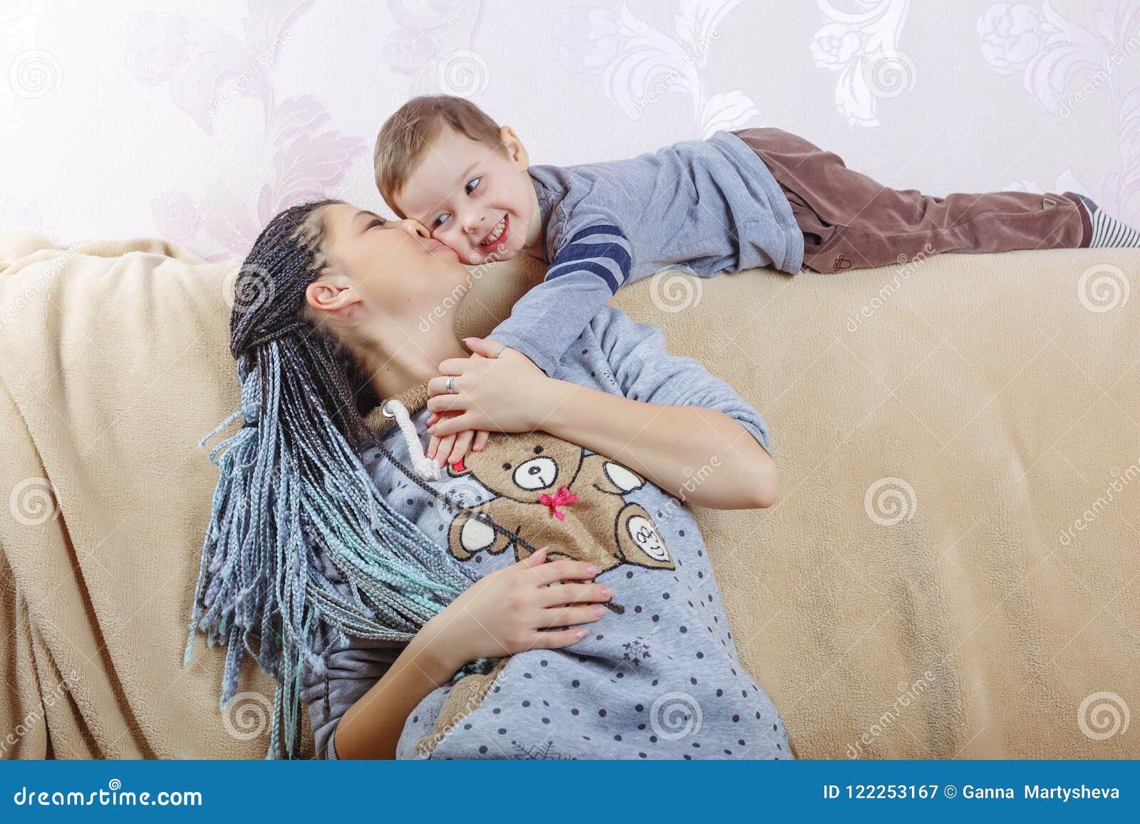 家庭,母亲` s天,儿子,孩子,微笑,快乐,童年,
