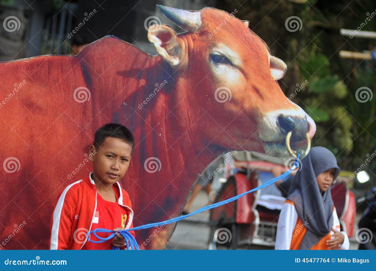 对'牺牲的'一次竞选在Eid AlAdha庆祝前在印度尼西亚