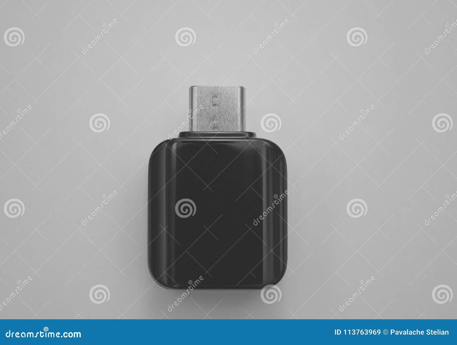 对微USB适配器的类型C巧妙的电话的