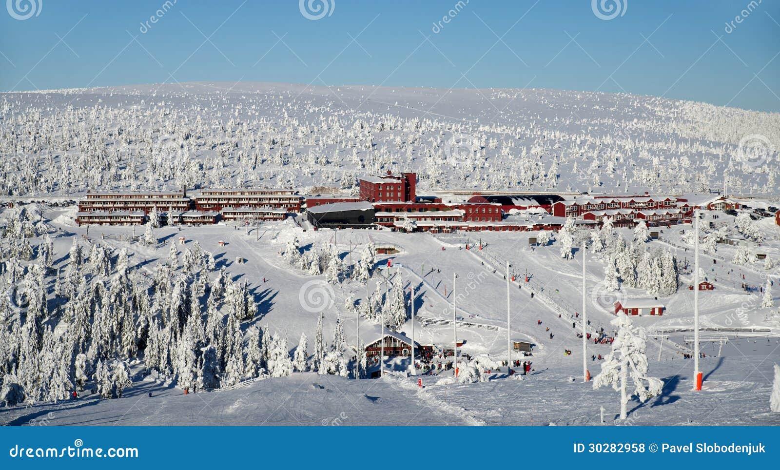 滑雪村庄旅馆
