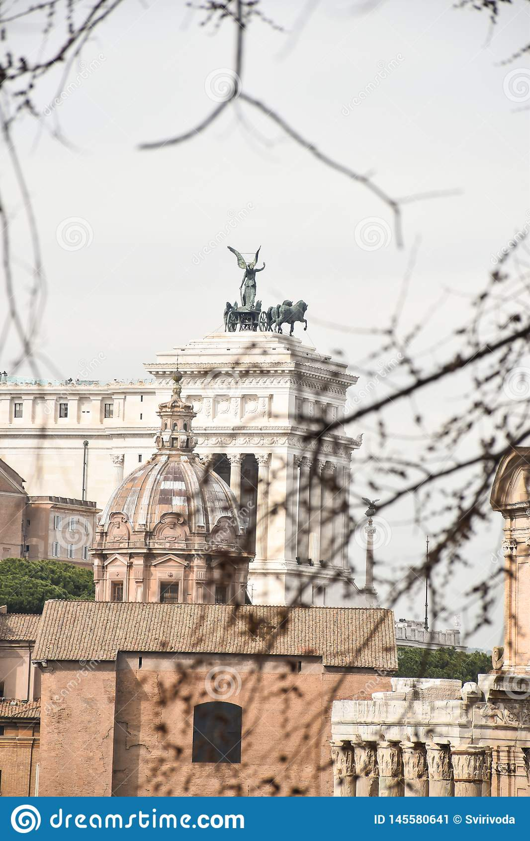 对Vittoriano的一个看法从古罗马广场