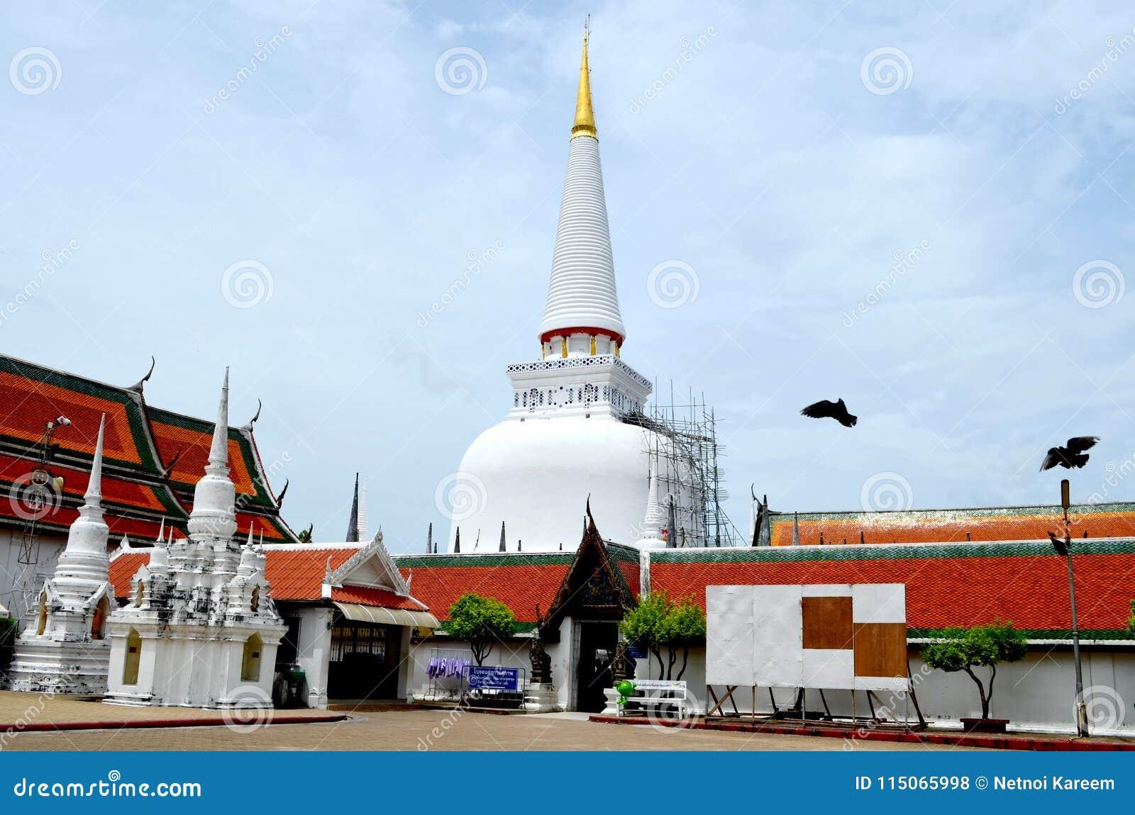 寺庙是心脏和灵魂