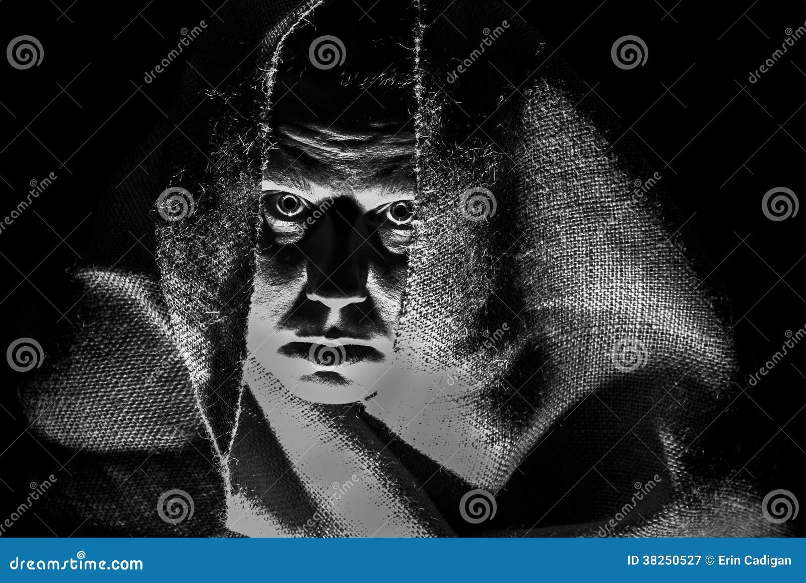 寿衣的,阴影可怕妇女