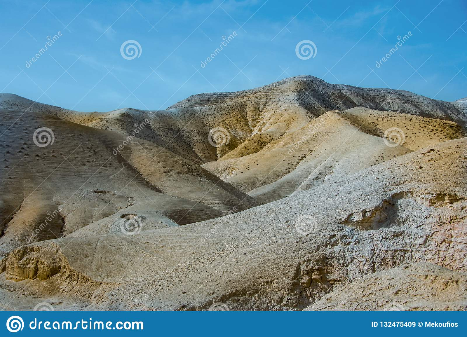 小山在Judean沙漠 以色列masada