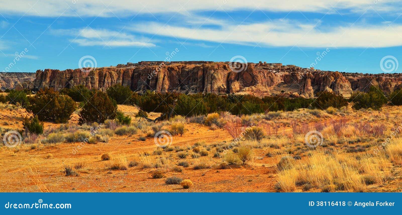 小山顶村庄在新墨西哥