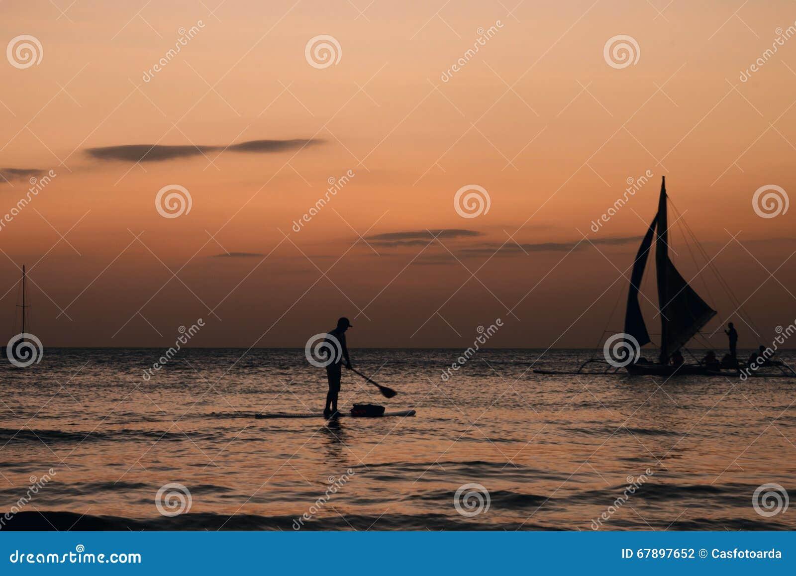 小船和一个人