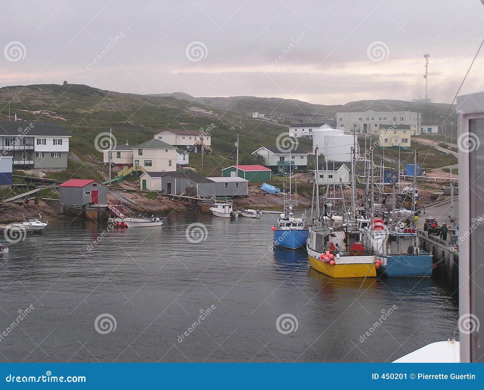 小船渔夫村庄