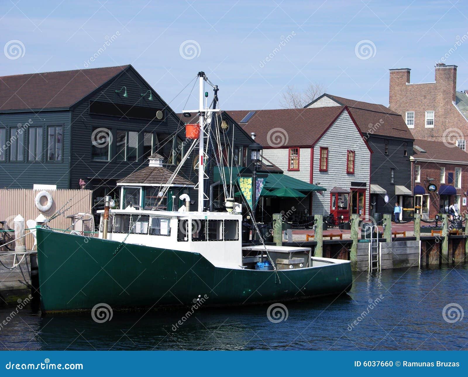 小船纽波特